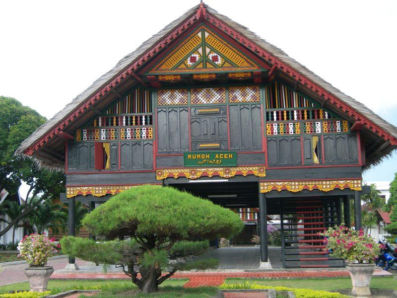 traditional house in indonesia mannaismaya adventure 39 s blog
