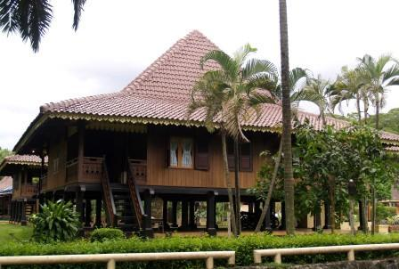Traditional House Of Indonesia 2eyeswatching