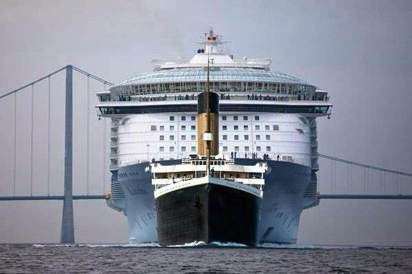 Titanic Vs Allure Cruise Ship  Mannaismaya Adventure39s Blog